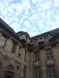paris-hotel-sully
