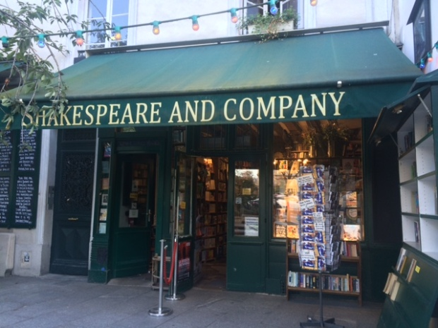 shakespeareandco-paris-bookstore