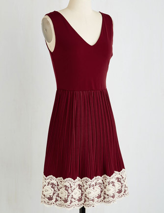 Modcloth-Wine & Floral Lace-Valentines Day.PNG