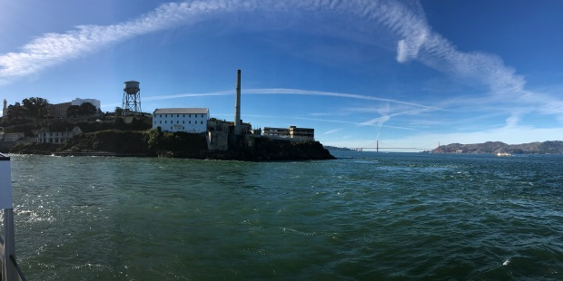 san-fran-alcatraz-pano-golden-gate-bridge