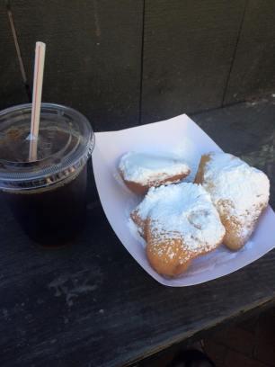 nola-coffee-beignets